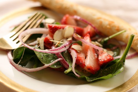 Strawberry-Spinach Salad with Poppyseed Dressing