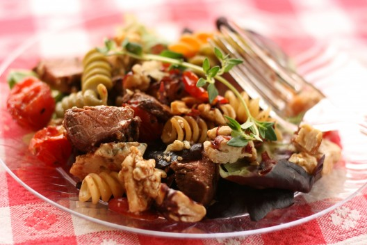 Grilled Steak and Tomato Pasta Salad