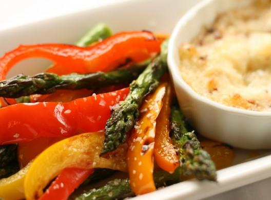 Spicy Garlic Parmesan Dip with Grilled Vegetables