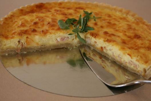 Easy Breezy Breakfast Quiche with Flaky Crust