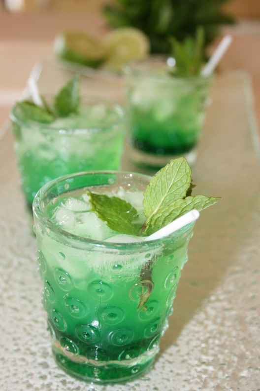 Mint Saloon Sippers